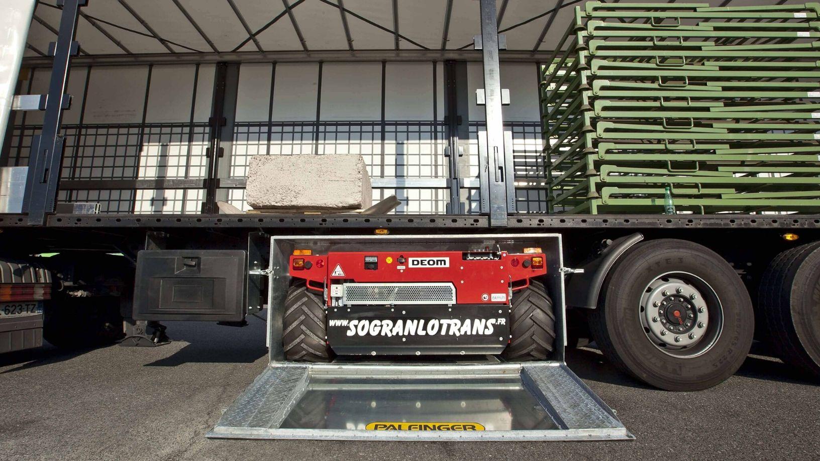 Sogranlotrans camion equipe chariot embarque telecommande