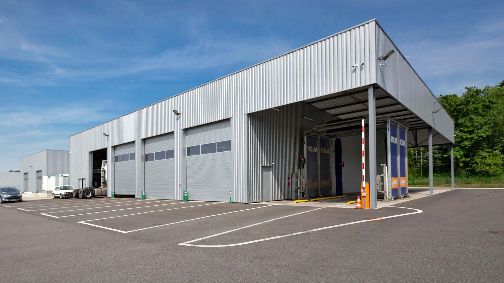 Sogranlotrans atelier garage reparation pneumatique mecanique carrosserie camion